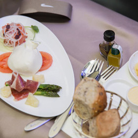 BRITISH AIRWAYS' NEW RESTAURANT STYLE DINING SERVICE LAUNCHES ON SEPTEMBER 1