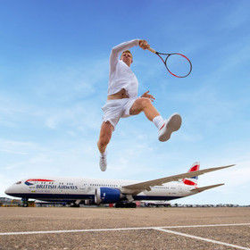 TO FLY. TO SERVE….AND VOLLEY. KYLE EDMUND TAKES ON BRITISH AIRWAYS SIMULATOR CHALLENGE