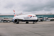 British Airways' 25th Boeing 787 Dreamliner arrives at Heathrow (4)
