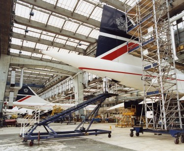 Engineering An Airline book: Concordes in hangar