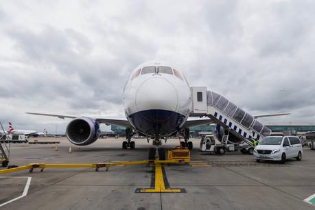 British Airways' 25th Boeing 787 Dreamliner arrives at Heathrow (2)