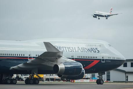 Boeing 747-400 de British Airways con livery Landor.