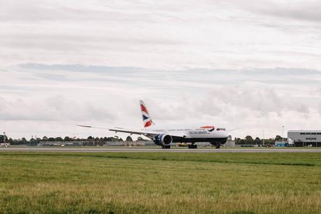 British Airways' 25th Boeing 787 Dreamliner arrives at Heathrow (6)