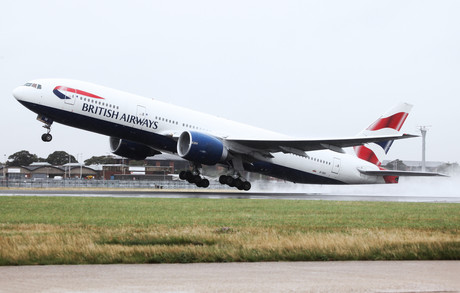 777-200 takes off