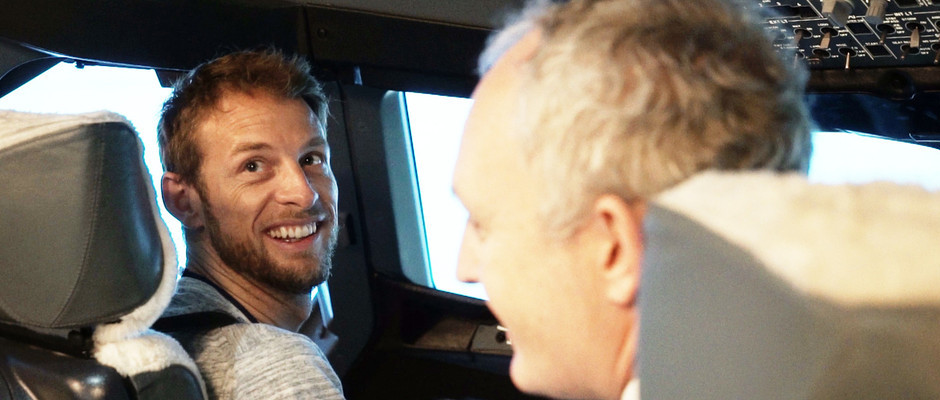 FORMULA 1 ACE JENSON BUTTON TEST DRIVES NEW CAREER AS BRITISH AIRWAYS PILOT FLYING AIRBUS A380 SIMULATOR